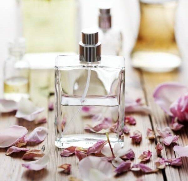 Własne perfumy z czytelniczką. Część pierwsza